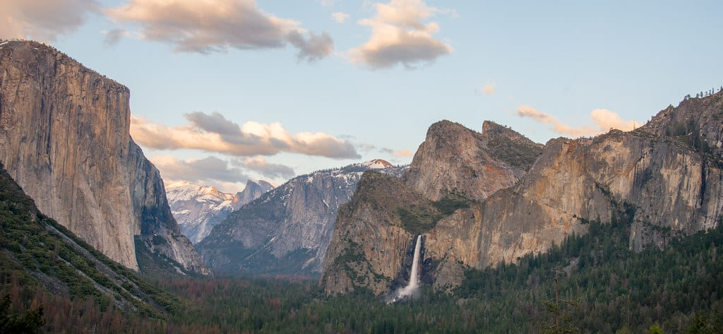 Top 5 Must-Visit US National Parks